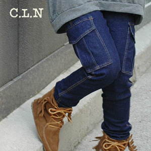 Denim leggings with full of the elasticity to realize a cargo pant and wearing clothes one over another of the one piece to a comfortable Japanese spaniel clearly! Jeans work pants ◆ C.L.N (sea L N) with the 股上深 めの side pocket which can wear sloppy めに: S
