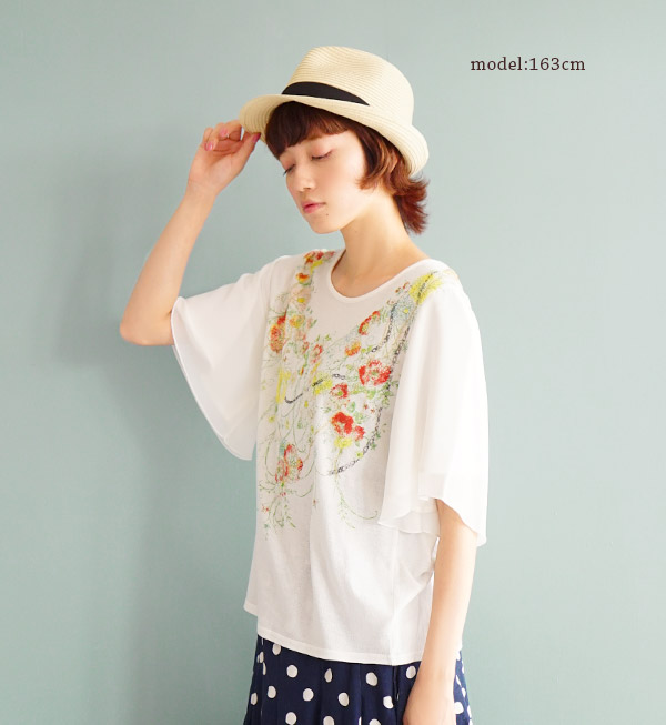 With two French tailored sleeves and accessories such as floral chiffon and romantic! Silhouette also boasts women's t-shirt ♪ sparkling gleam / short sleeve cotton 100% ◆ ロマンティックフラワーネックレスシフォンスリーブカットソー