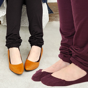 It is length クシュクシュ plain fabric spats for 12 minutes with the epoch-making socks which is hard to get sweaty that pumps socks were united with new common sense ◎ leggings of the foot cover which they do not come off and do not rub, and does not cut! It