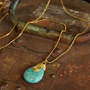 Even if take it, is light; arrive; the natural turquoise-like Shin pull long shot necklace / antique gold / handmade product / vintage / ball chain / delicateness / oval ◆ turquoise blue stone motif long shot pendant [wide teardrop] of the feeling