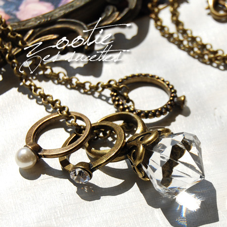 Playful through the diamond style ring with gorgeous long necklace! Actually can be used as a ring with a bonus! / Quartet ring / jewelry / pearls wind ◆ Zootie ( SETI ): ☆ events during ☆ jewel 4-ring long pendant