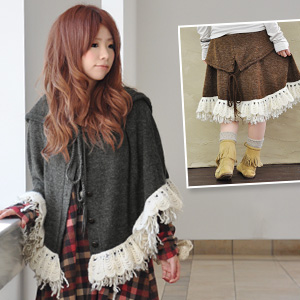 2-WAY Netscape rock wool モヘアフリル lace and fringe! 2-WAY design makeover in the flare skirt ♪ slip deformation and enjoy various guiding with button closure / girly ◆ ティアードウォームレースフリンジアレンジフードニットポンチョ