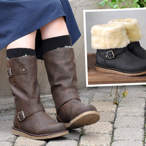 Lining is comfortable faux fur • wrap the length you want in! Comfort of Shearling boots like pettanko pettanko shoes / low heel and round toe / middle-length and short-length and ankle boots ◆ アリーインサイドファー 2-WAY Engineer Boots