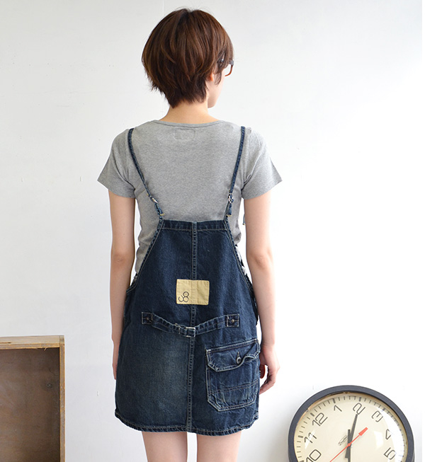 Women femininity and work of exquisite classic remake WORK SALOPETTES SKIRT / vintage wind / wind-over-all washed denim skirt / made in Japan/s/m size ◆ Johnbull ( jumble ): ワークデニムフレンチサロ pet skirts [AK595]