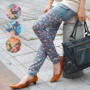 It is length / full-length / Rose / rose / rose / rose ◆ patty flower leggings for length spats / ten minutes for ten minutes of the cut-and-sew material doing it-adaptive in ♪ oar season when it is hard to be worried about the growth of the pattern with