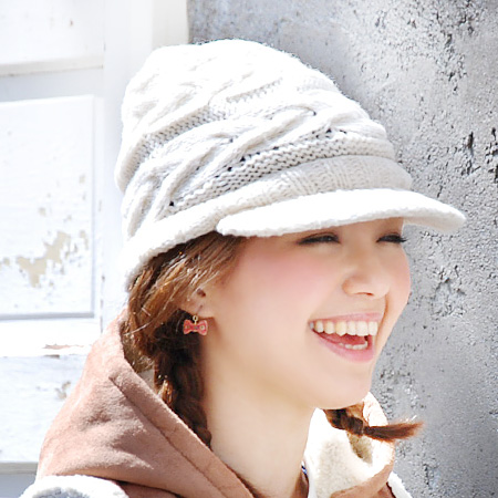 A knit cap with the saliva of the alane knitting that a cap is loose and can take! It is ぼうし hat ボウシ ◆ ノーマアランニットワークキャップ in autumn in winter in the work cap knit fall and winter when knit hat cable stitch style CAP Lady's with the saliva with the net lini