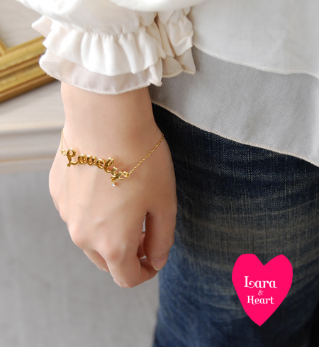 "The bracelet with the rhinestone that ""Lovely"" message of the LARA & heart was designed delicately. /Lovely breath / accessories /fs3gm ◆ Lara & Heart (LARA and heart) made in delicate gold chain / Japan: Lovely letter ditchless let"