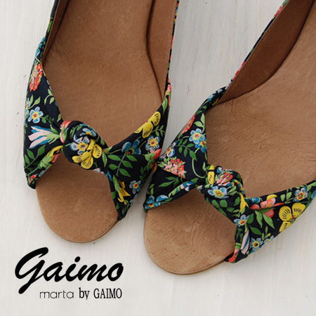 Beautiful curved design with floral designs by the genuine liberty, upper オープントゥウ edge pumps or import ◆ marta by GAIMO ( マルタバイガイモ ) :NAZARET-L リバティーフラワーリボンウッドウェッジソール pumps