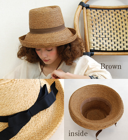 It is クルン and the wide saliva which formed a circle to the linear crown such as the pork pie. Lady's hat /Hat/ straw hat style / straw hat style ◆ グログランリボンラフィアブレードキャペリンハット protecting from sunlight in form like unique love well