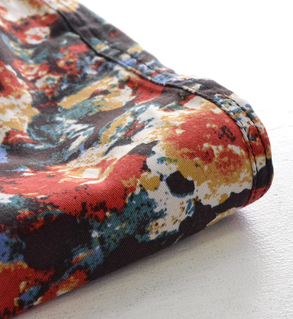 Nuance flower pattern underwear of the vivid coloration! On the small side slim underwear floral design レギパンレディースボトムスフラワー ◆ w closet (double closet) where a leg fits into smoothly: ラウドフラワーストレッチツイルスキニーパンツ