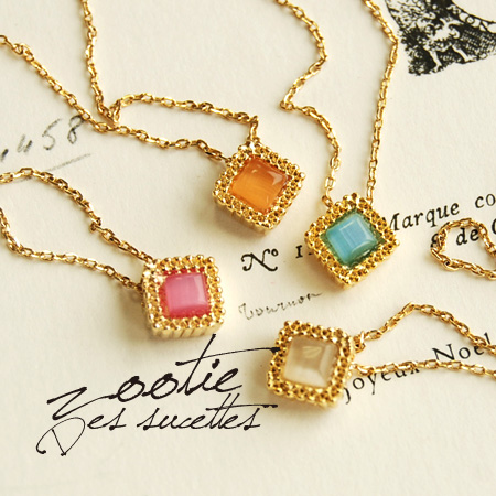 A sparkling diamond stone of transparent pastels, subtle and delicate gold parts adult pendant exudes elegance. Adjusters can easily adjustable! / accessories / jewelry ◆ Zootie ( ズーティー ): クリスタルカラーダイヤモチーフネックレス