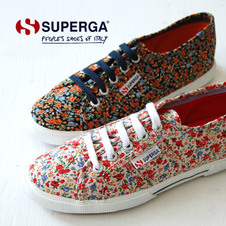 efc06e4ff51af General women's shoes designed with small floral print fabric. Thick sole  and excellent fit etc. Experience the comfort of the SUPERGA was  calculated! ...