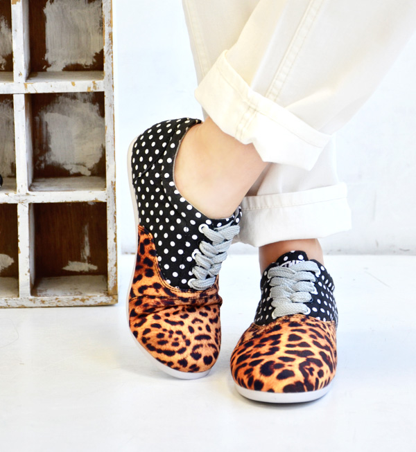 The deck shoes of the novel change design of the waterdrop pattern X transcription-like レオパード pattern. A low-frequency cut design is mannish; CUTE. / sneakers / Lady's / leopard pattern / panther pattern / animal pattern /SS1326/fs3gm ◆ STUDY (study) THE