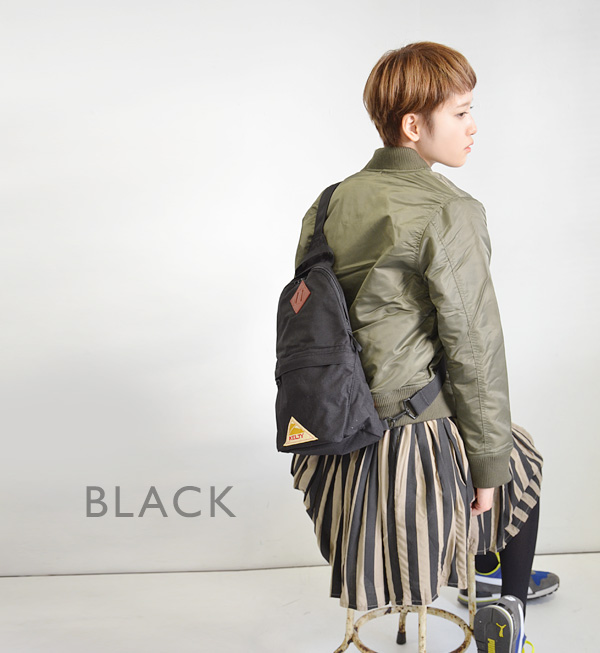 A one shoulder body bag comes up from the vintage line of the Kelty constant seller! It is ◆ KELTY (Kelty) 70's VINTAGE Line ONE SHOULDER at the shoulder bag bias for the woman for the コーデュラナイロンメンズレディース man