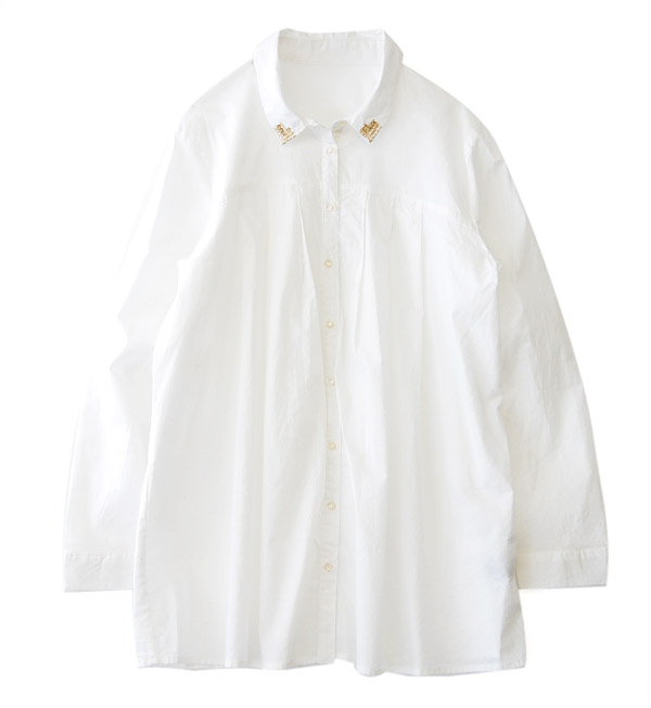 The simple long shirt which embroidery and spangles were displayed. Tuck in the heart and the A-line which open slightly…The well but on nanoco-な blouse one piece / long sleeves / white shirt ◆ point gold spangles colored shirt tunic which is not too swe