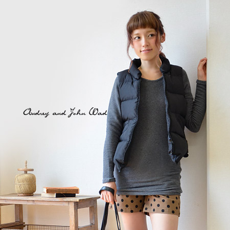 Feel soft softly and distinguished elasticity! Light sweat shirt pullover ◆ Audrey and John Wad (オードリーアンドジョンワッド) of comfortable comfort not to let you feel feeling cramped contrary to a tight appearance: Raise of wages fleece pile crew neck long cut-and-