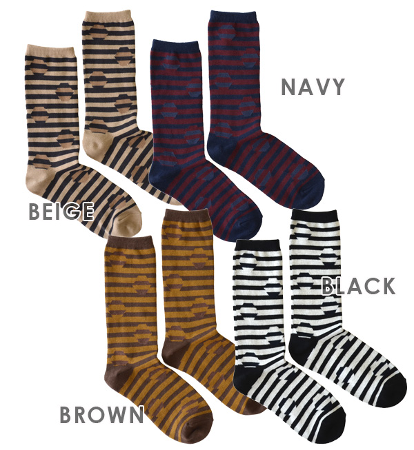 Like trick art at all. Hid the dot during the border pattern crew socks. Feeling of dough can be used all year round crew length socks / women's / ladies socks / shoes / footwear ◆ トリックヘキサゴン regular socks