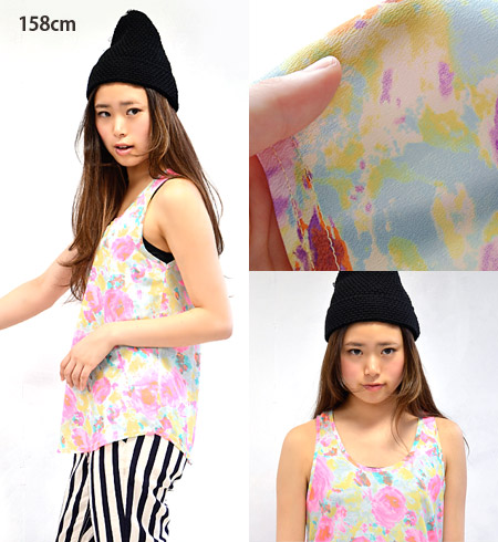 Colors including neon color trend sense of * mature touch floral combination is fresh! Using the crispness in Georgette material, light, cool over tank top / tunic dress ◆ Zootie ( ズーティー ): フラワージョーゼット tank blouse