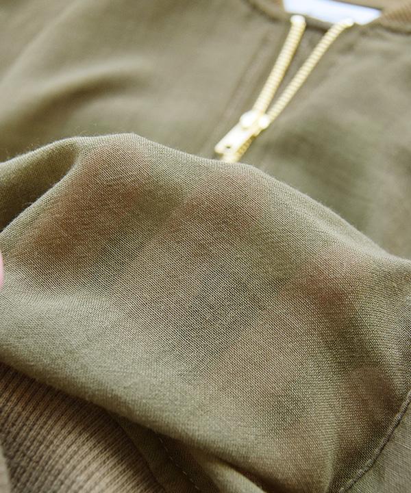 作为MA-1防寒夹克服灯的纱布材料的jippuappuburuzon。 女子的很薄的外衣短外罩外衣茄克外衣军事茄克防寒夹克服7分袖jippuappu◆zootie(动物园球座):MA-1纱布防寒夹克服