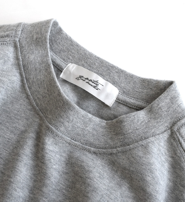 T恤堵塞的领口和夸大的尺寸是要点◎厚印度的休闲的T恤。女子的顶端短袖舒适地大决定,大的尺寸素色厚度5分袖子5分袖子T恤针织◆重的盎斯超过T恤
