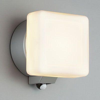 レビュー投稿で次回使える2000円クーポン全員にプレゼント 山田照明 LED一体型ブラケットライト 白熱灯40W相当 電球色 AD2571L 【生活家電\照明器具・部材\照明器具\ブラケットライト】