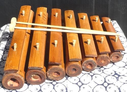 バリ島の竹製ガムラン楽器 竹ガムラン7鍵 竹琴 値引き 買取 バラフォン