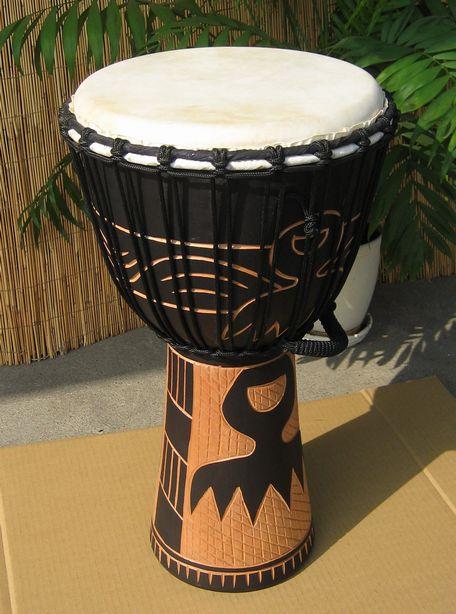 インドネシア・木製ジャンベ☆木彫りLサイズ(LD)☆