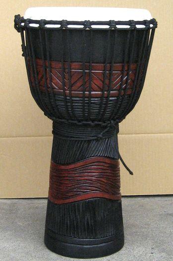 インドネシア・木製ジャンベ☆木彫りMサイズ(MI)☆