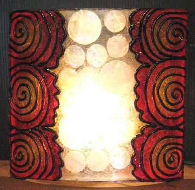 モダンエスニック調の個性的なウォールランプ 再再販 高い素材 デザイン壁掛けランプ~シェルデザイン~