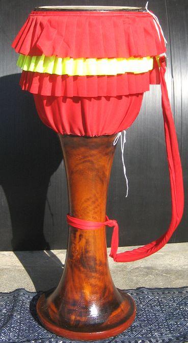 タイ東北地方の伝統太鼓 タイの片面太鼓≪クロン・ヤーオ≫