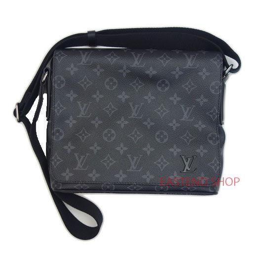 3fd19128a7be LE CHIEN  LOUIS VUITTON Shoulder bag DISTRICT PM M44000