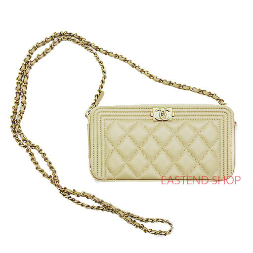 a65929747169 CHANEL/BOY CHANEL Chain bag/clutch bag/wallet A84069 Beige/Gold hardware/ Lambskin
