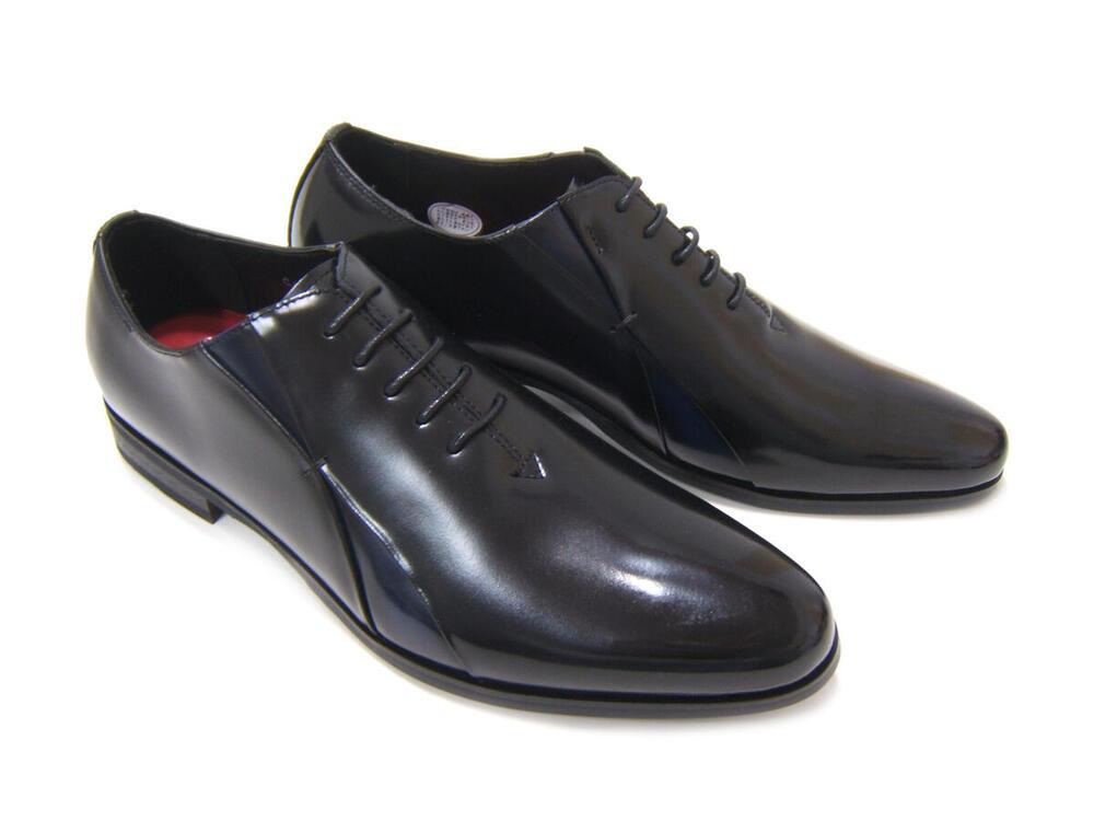 イタリアンモードにこだわったロングノーズ!カルロメディチ 紳士靴 CJ-3056 ブラック/ネイビー ホールカット ドレスシューズ ビジネス 送料無料 3Eワイズ 日本製