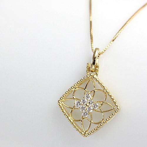 デコルテを上品に演出する ダイヤモンド ネックレス 0.17ct