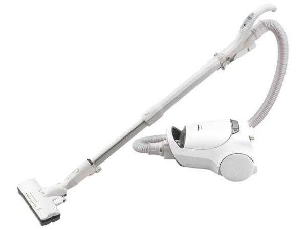 パナソニック(Panasonic) パナソニック MC-PA110G-W 紙パック式掃除機 ホワイト(MC-PA110G)【smtb-s】