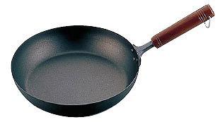 フライパンチタン 木柄 フライパン24cm【 人気のフライパン ふらいぱん プロフライパン 業務用フライパン チタン製フライパン おすすめチタンフライパン チタン鍋 】