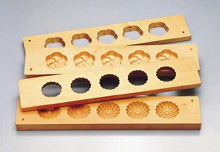 『物相型 和菓子 お菓子作り』手彫物相型 五ツ取り [サクラ材]菊