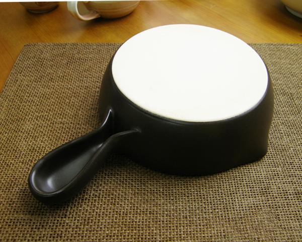 """大树 (大器)""""新陶瓷 (新血清)""""酱汁锅大"""