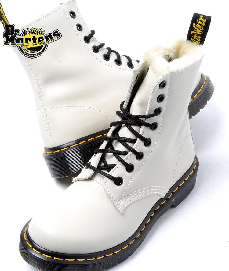 【送料無料】Dr.Martens SERENA 8EYE BOOTS OFFWHITE ドクターマーチン セレナ 8ホールブーツ オフホワイト レディース