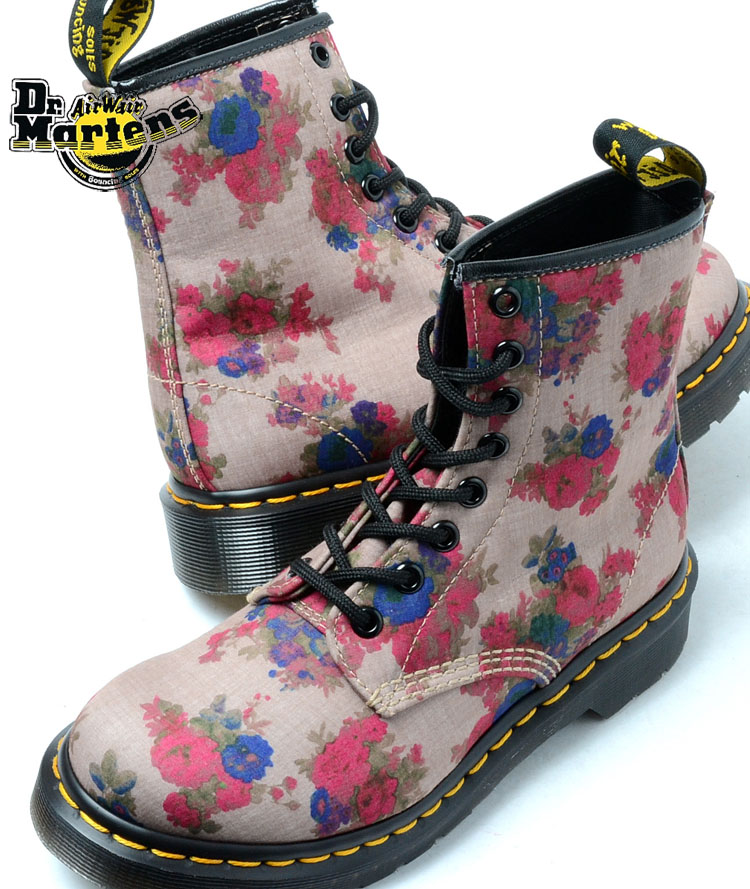 18bfc3132c0 Dr.Martens CASTEL 8HOLE BOOT BEIGE Martens Castel 8 hole boots beige floral