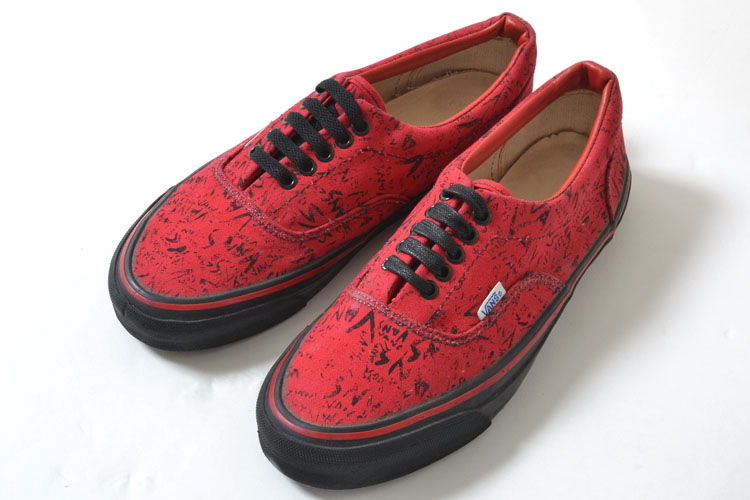 bf822f3f50c7 honey  VANS AUTHENTIC RED BLACK 80 s vans authentic vintage red mens ...