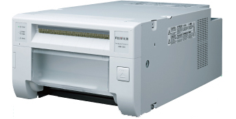 【送料無料】 FUJIFILM<富士フイルム> 即時デジカメプリントシステム クイックプリントステーション サーマルフォトプリンター ASK-300