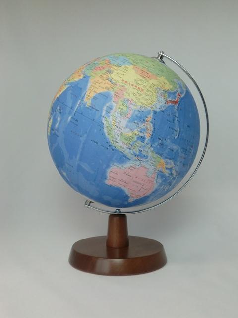 【送料無料!】昭和カートン(三貴工業) SHOWAGLOBES 行政図タイプ地球儀 21cm 21-GAW-K 日本製 木製台座 プレゼントに最適な化粧箱入り