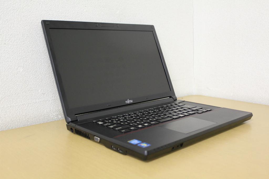 【中古】CeleronB730でメモリ4Gへ増設済み!DVD鑑賞も出来るDVDドライブ搭載!外装もキレイ目でおススメ!ノートパソコン!富士通 FMV-A553/G『DVD鑑賞』『リカバリ』『Windows7』『お買い得!通常品』