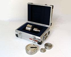 【個数:1個】村上衡器製作所 村上衡器 MURAKAMI0447 直送 代引不可・他メーカー同梱不可 2級基準分銅セット増おもり型 計10kg MURAKAMI-0447