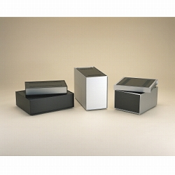 タカチ電機工業 SL115-32-33BB 直送 代引不可・他メーカー同梱不可 SL型アルミサッシケース SL1153233BB