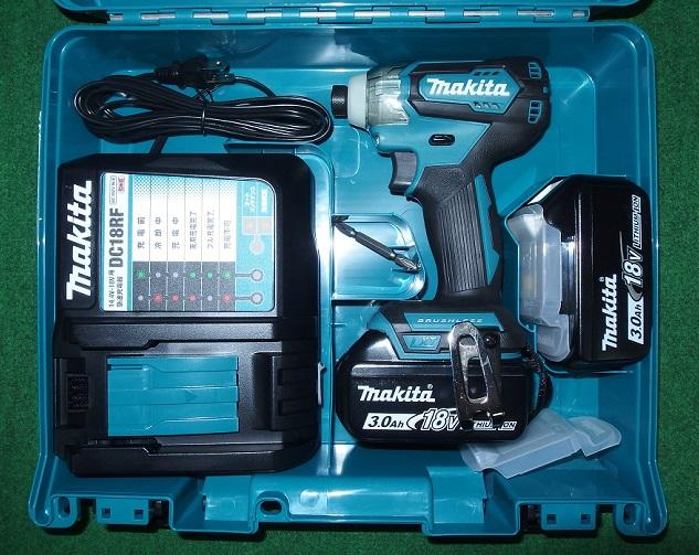 マキタ TD155DRFX 18V-3.0Ah ブラシレスインパクトドライバ 軽量&スリムボデイ 青 新品