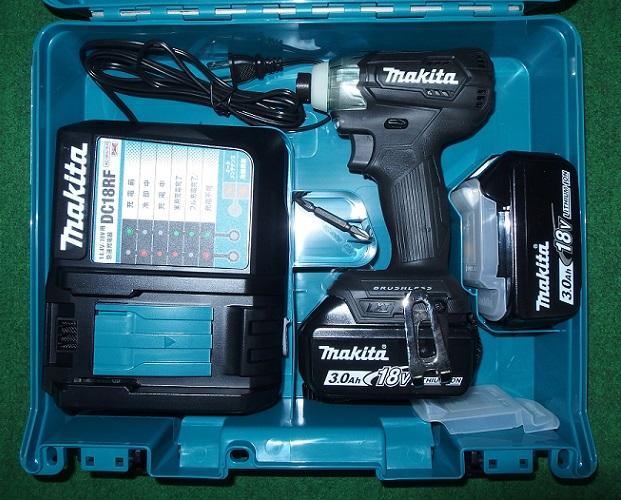 マキタ TD155DRFXB 18V-3.0Ah ブラシレスインパクトドライバ 軽量&スリムボデイ 黒 新品