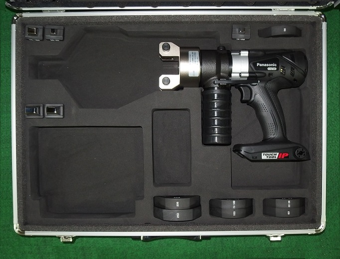 パナソニック EZ46A4K-B 14.4V/18Vデュアル充電式圧着器 電池パック・充電器別売 黒 新品
