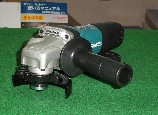 マキタ 100mm変速付電子ディスクグラインダ GA4041C 新品